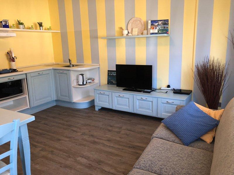 Appartamento in villetta 2 camere indipendenti con 2 balconi 6 posti, alquiler de vacaciones en Stresa