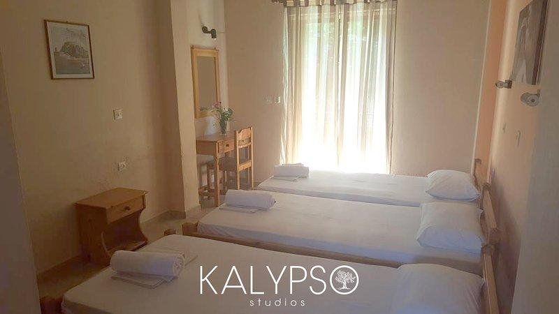 kavos.corfu.holiday.kalypso, alquiler de vacaciones en Kavos