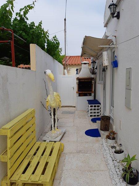 Casa con pateo centro Peniche, vacation rental in Peniche