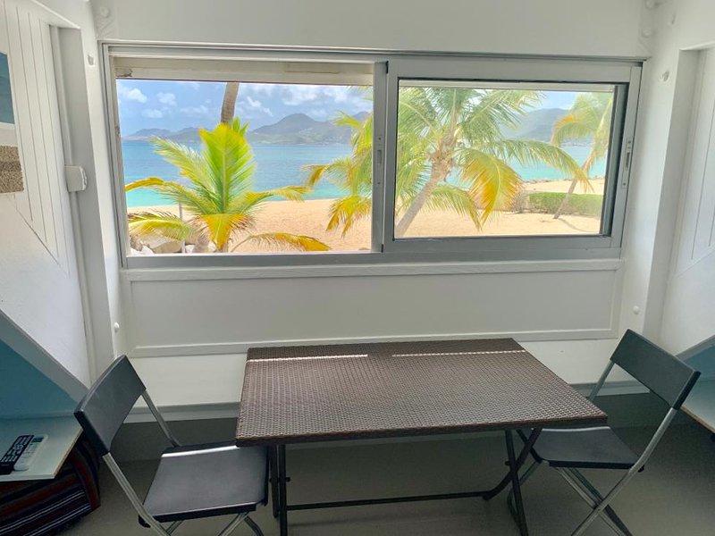 Studio vue mer residence Nettle Bay Beach Club, holiday rental in Sandy Ground