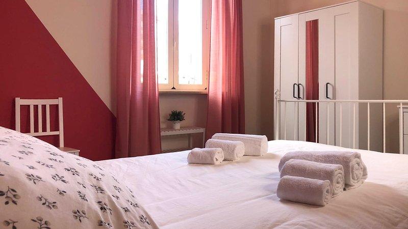 Casa Vacanze IN ROME IN LOVE IN BIKE gioioso appartamento Testaccio Trastevere, alquiler de vacaciones en Roma