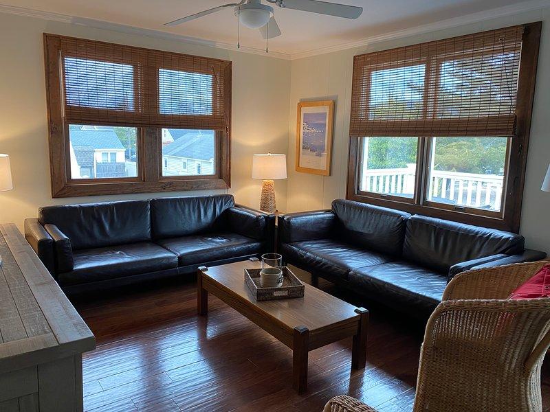 Super Oceanside, 4 bedroom rental sleeps 8, alquiler de vacaciones en Manahawkin