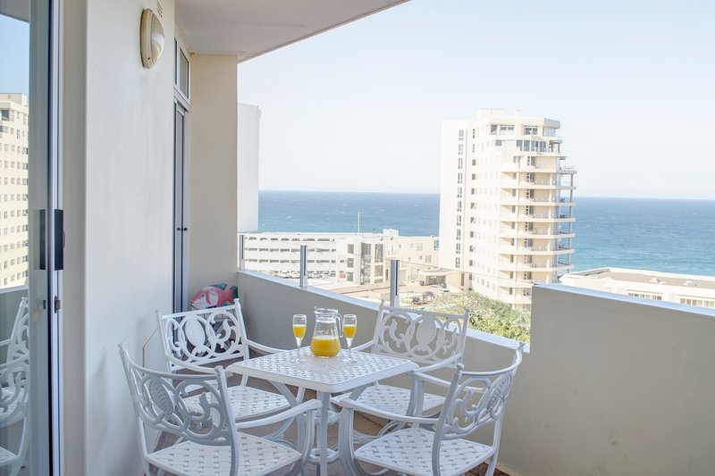 Luxury Vacation Rental with amazing Sea Vies, holiday rental in Umhlanga