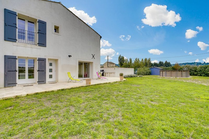 Amazing house with swimming-pool, holiday rental in Saint Saturnin les Avignon
