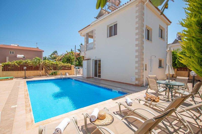 Ayia Thekla Seaside Villa, holiday rental in Liopetri