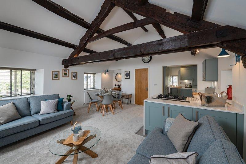 Stunning - 2 Bedroom - 2 Bathroom home - Nr Kirkby Lonsdale, vacation rental in Middleton