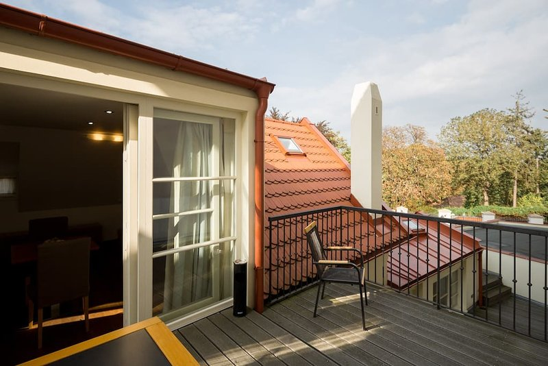 Golden Griffin - 54, holiday rental in Roztoky