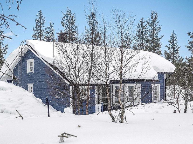 Sininen maja, vacation rental in Ivalo