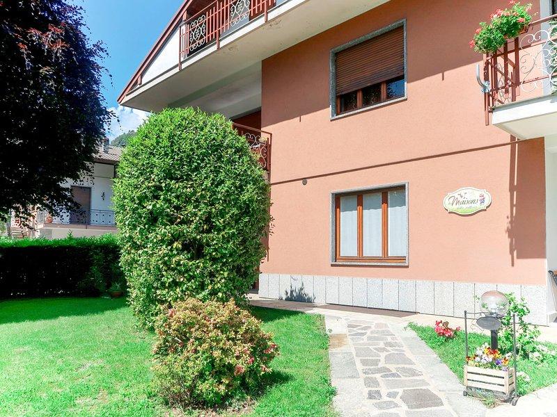 Les Maisons della Fattoria (ORA203), vacation rental in Casale Corte Cerro