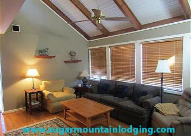 Gorgeous 3 Bedroom Pedestal House in Mossy Creek. Rented by Sugar Mtn Lodging, holiday rental in Banner Elk