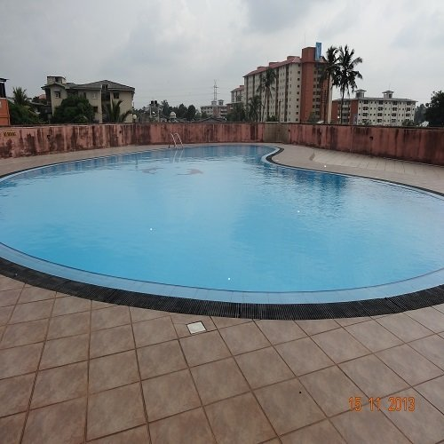 LUXURY 3BR AIR CONDITIONED FURNIHED COZY APARTMENT ON 6TH FLOOR, alquiler vacacional en Kandana