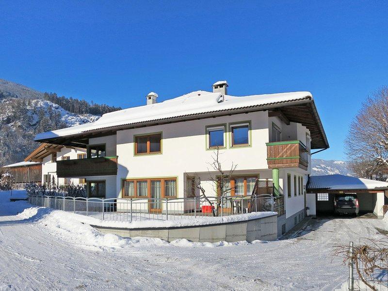 Haus Sonne (ZAZ683), location de vacances à Aschau im Zillertal