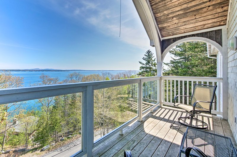 Turret-Style Home w/Deck + Views of Frenchman Bay!, holiday rental in Hulls Cove