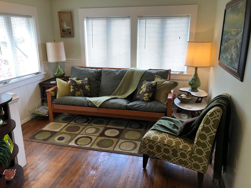 Coach Home Apartment downtown Tavares, FL, casa vacanza a Haines Creek