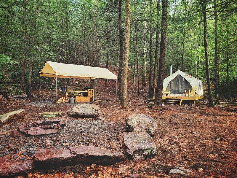 Tentrr Signature Site - Retreat on Bear Creek, location de vacances à Palmerton