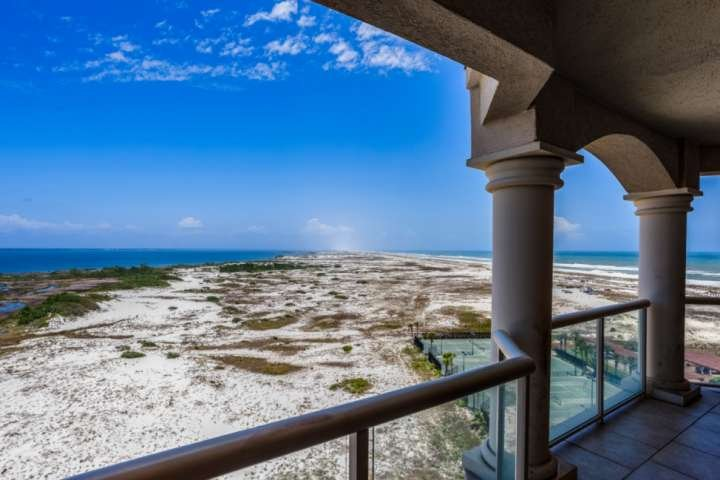 Amazing unobstructed views of the National Seashore, Santa Rosa Sound, and the Gulf