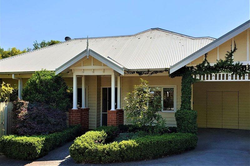 Healesville House - Fig Tree House – semesterbostad i Narbethong