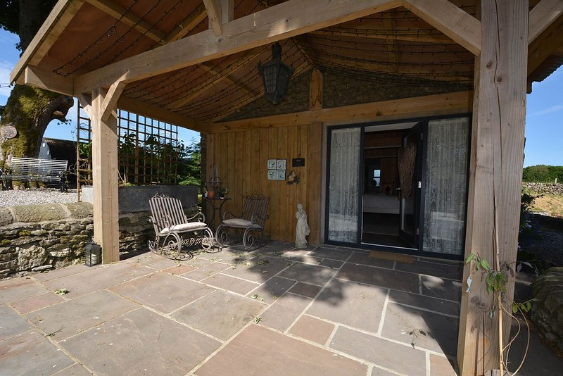Love Nest, holiday rental in Over Haddon