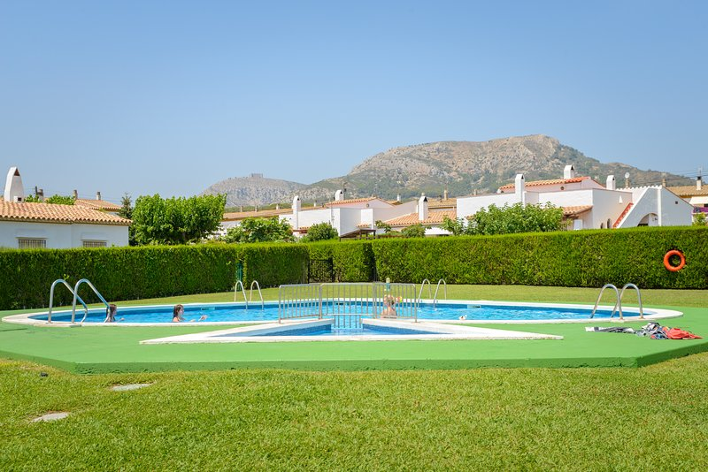 ALQUILER VILLA ESTARTIT MEDES COSTA BRAVA, holiday rental in Llabia