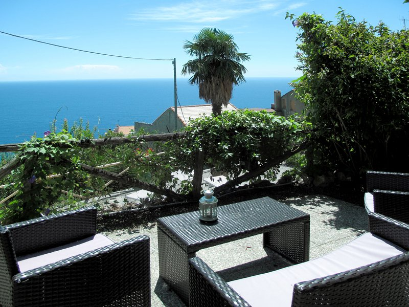 Monte (FLG137), holiday rental in Spotorno