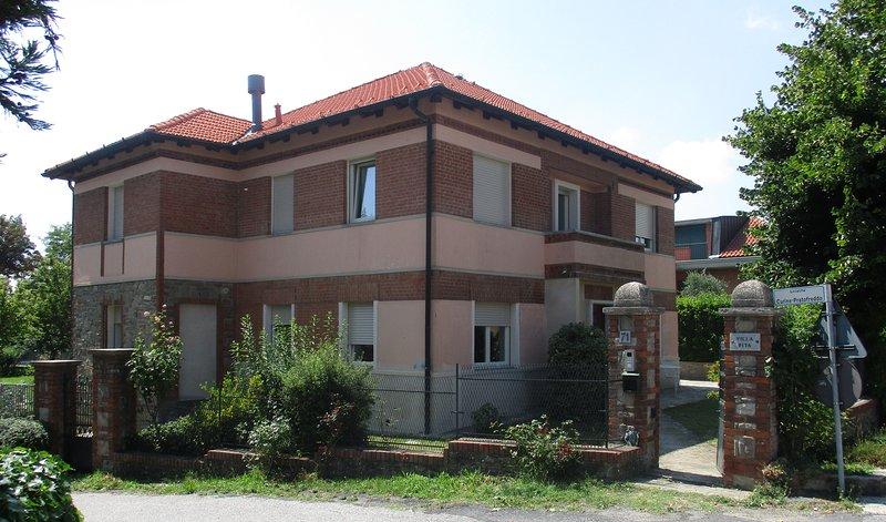appartamento 'Margherita', alquiler vacacional en Serravalle Langhe