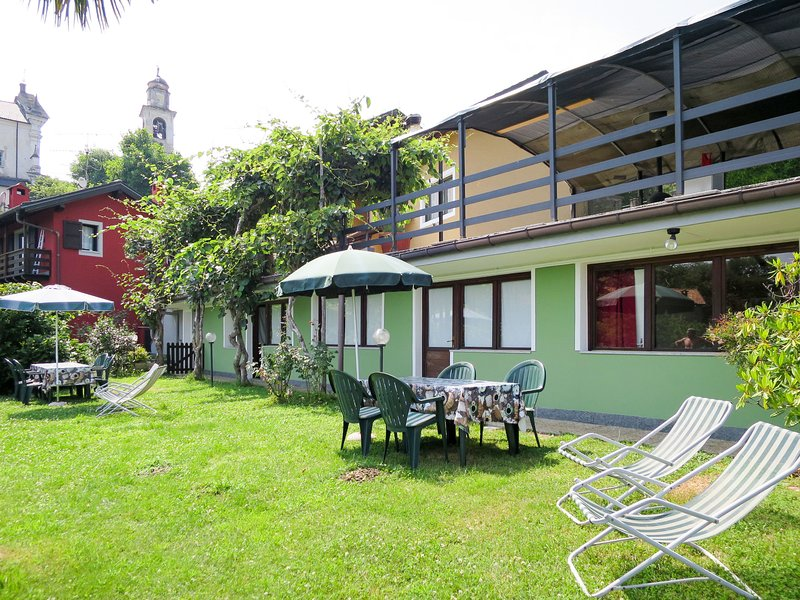 Mauro (CNR362), vacation rental in Cannero Riviera
