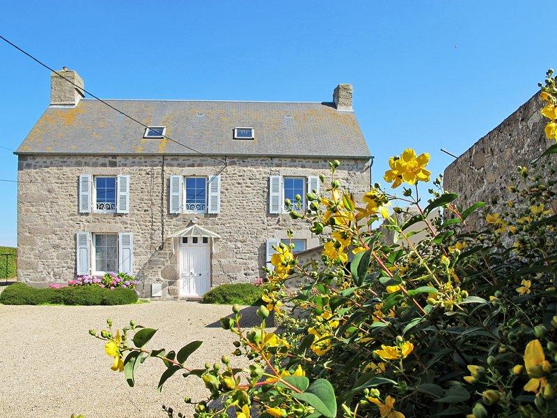 La Ferme du Manoir (RVI400), holiday rental in Le Vast