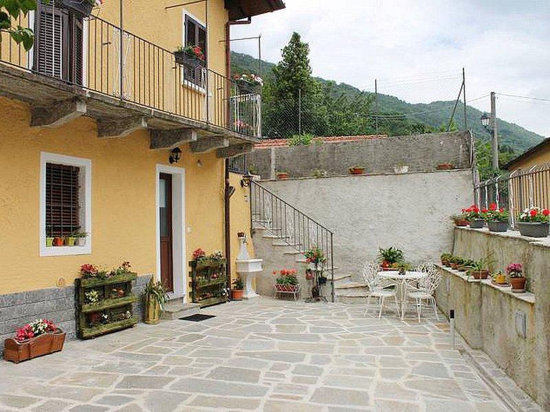 Rosetta (LMG160), holiday rental in Gravellona Toce