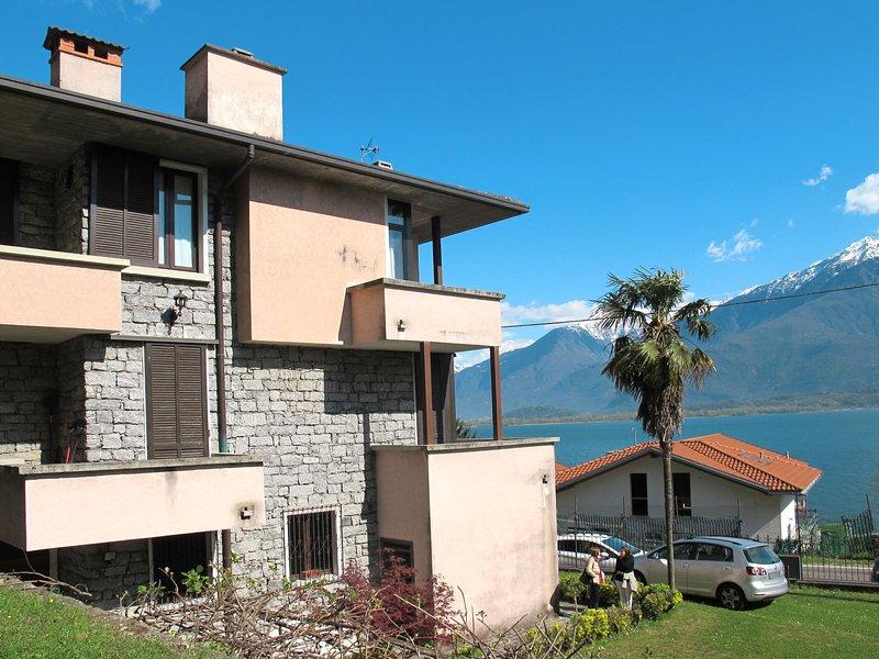 Salice Verde (GLA131), casa vacanza a Sorico