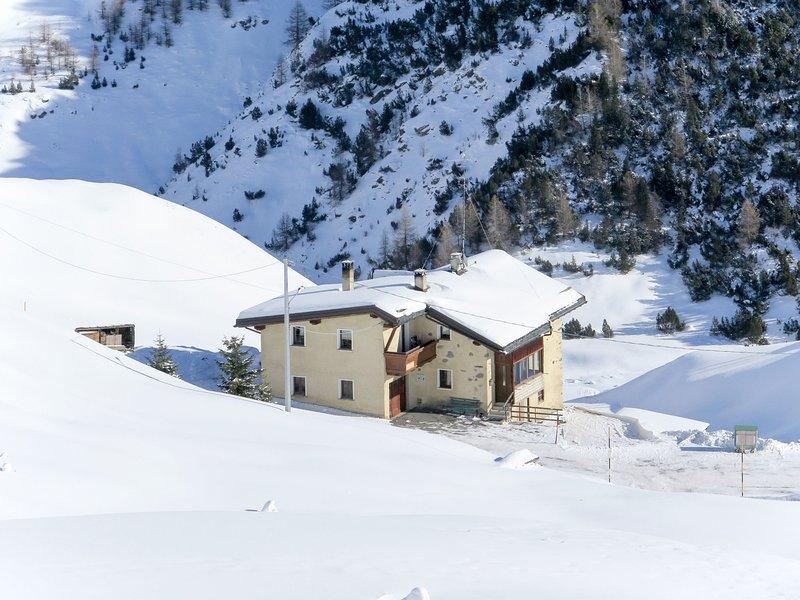 Rainolter (LII611), vacation rental in Trepalle