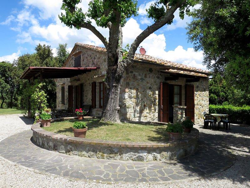 Podere Cafaggiolo (VOL220), vakantiewoning in Ulignano