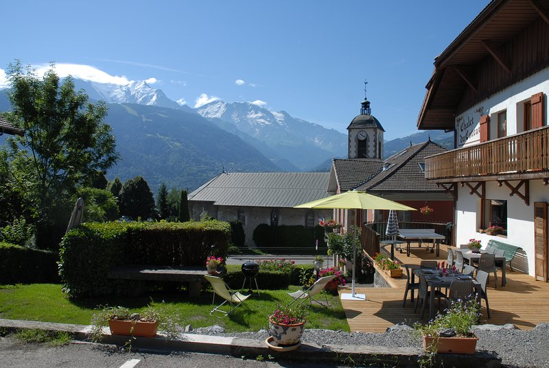 appartement au calme face au Mont-Blanc, holiday rental in Passy