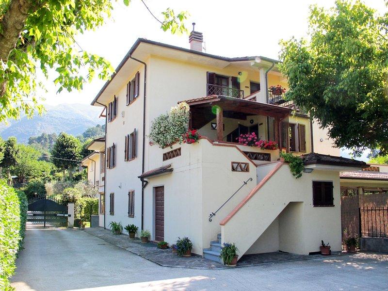 Fontanella (CMA122), holiday rental in Nocchi