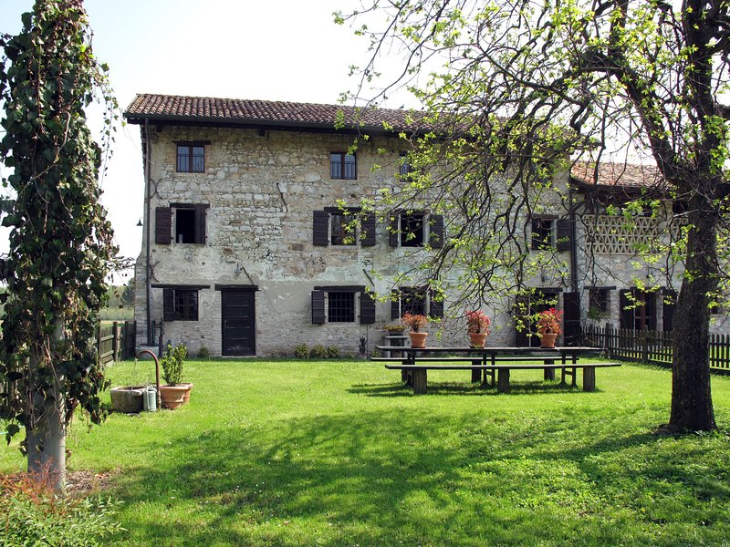 Casa del Fogolar (SSL153), aluguéis de temporada em San Vito al Torre