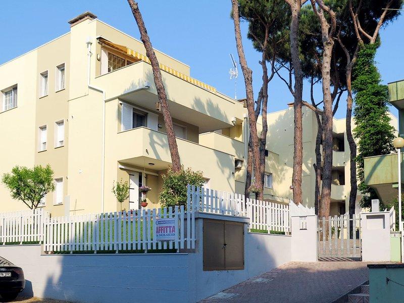 Veranda (ROM161), location de vacances à Rosolina Mare