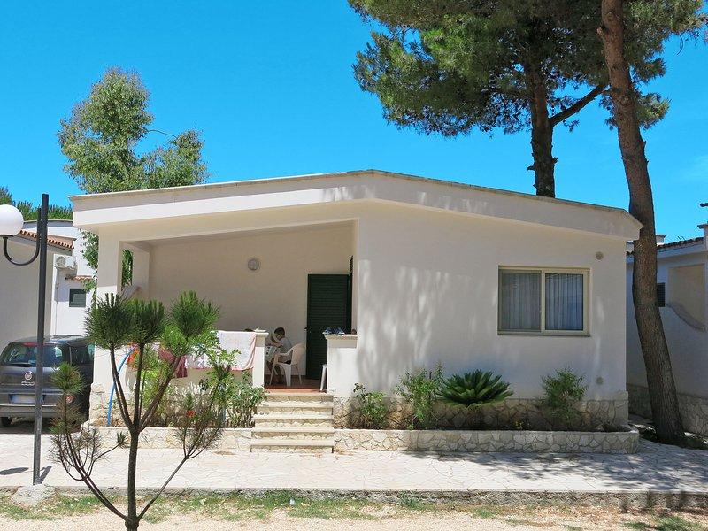 Villaggio San Paolo (VSI153), casa vacanza a Spiaggia Scialmarino