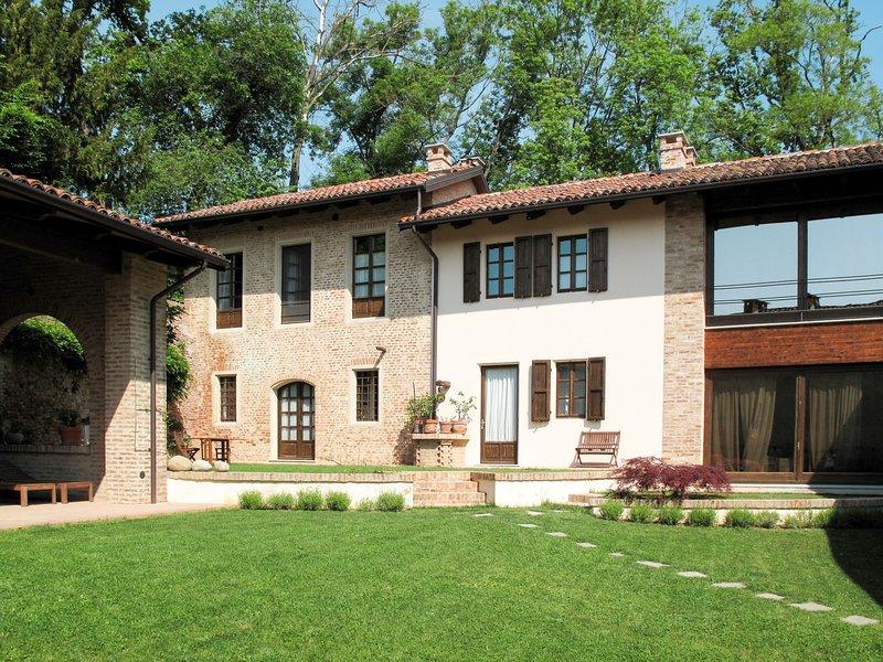 Nebbiolo (RTT100), vacation rental in Cantarana