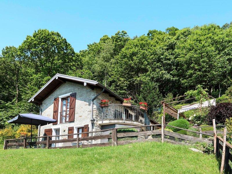 Baita dei Nonni (GRV647), vacation rental in Peglio