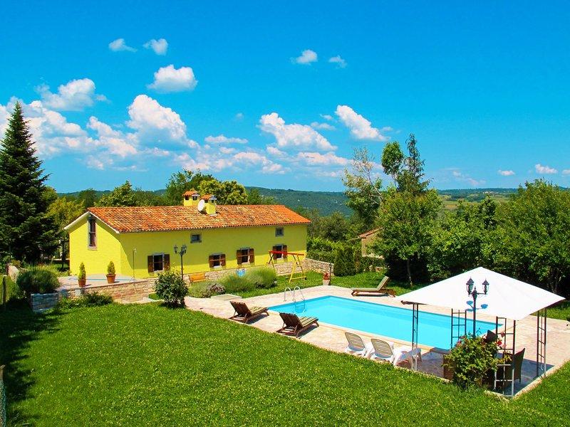 Donada(LBN347), alquiler de vacaciones en Ruzici
