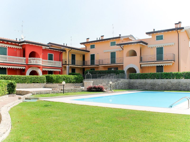 Lady Anna (LAZ550), vacation rental in Pastrengo