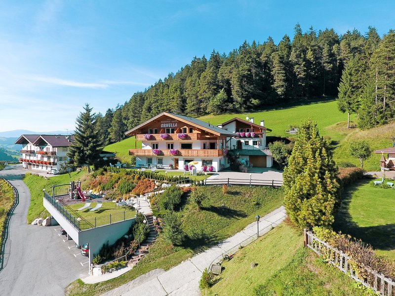Ornella (SCR250), vacation rental in Ortisei