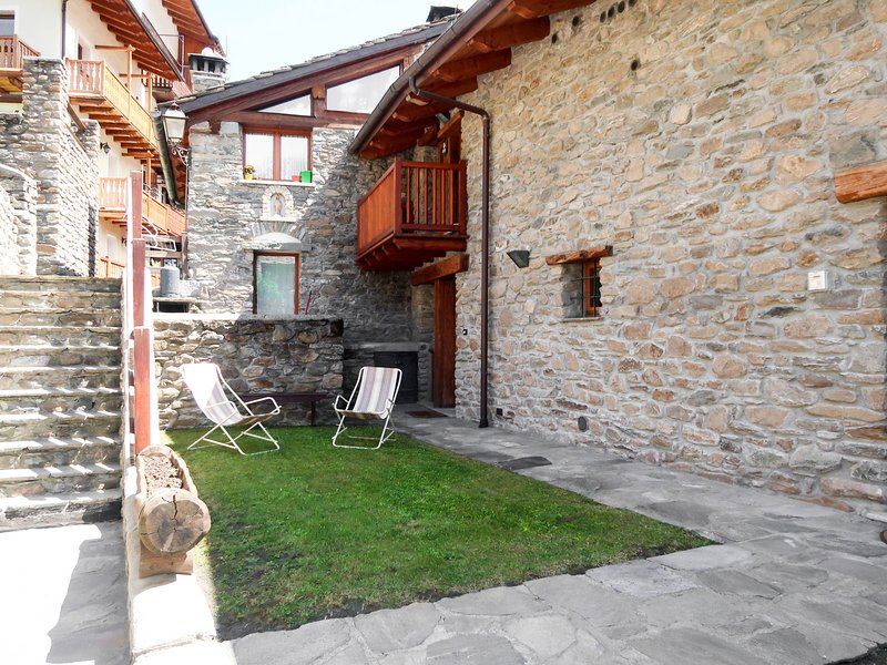 Chalet Marta (CMU400), vacation rental in Morgex