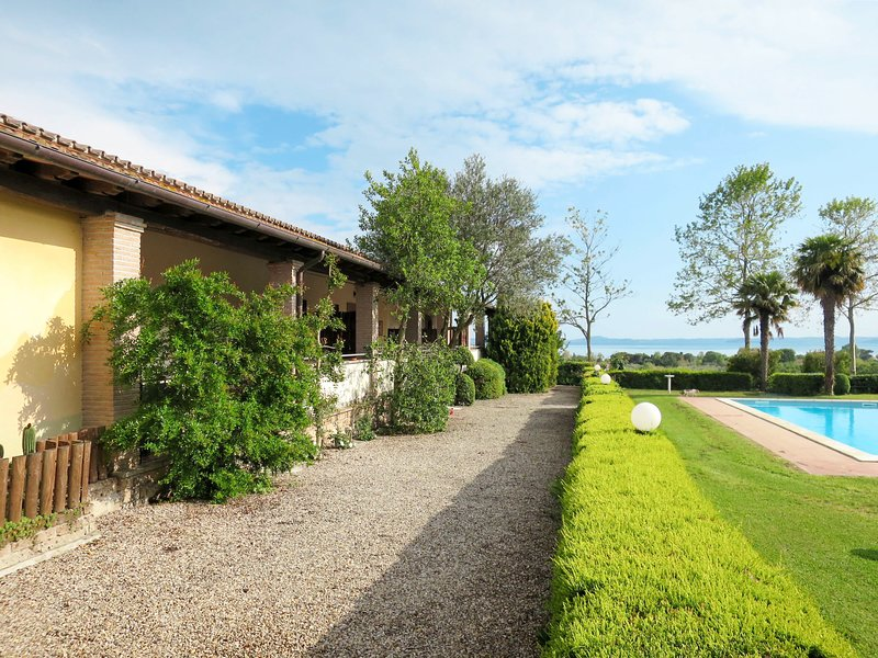 Dolce Vita (BOL321), holiday rental in Bolsena