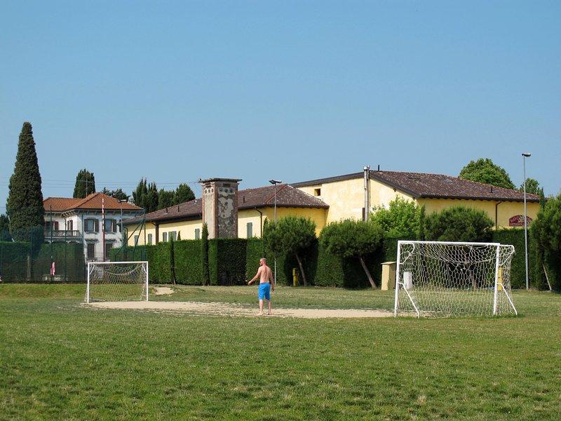 Appartamento Ibisco (PSC251), location de vacances à San Benedetto di Lugana