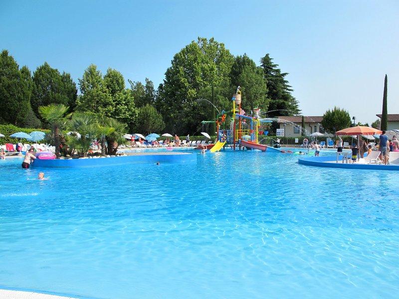 Bella Italia Happy Premium (PSC271), location de vacances à Peschiera del Garda