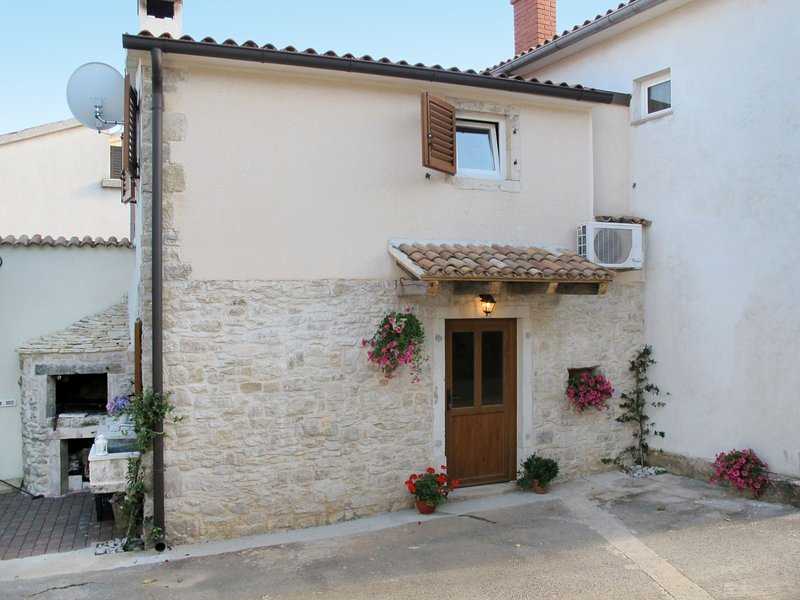 Pinia I (KST126), holiday rental in Kastelir