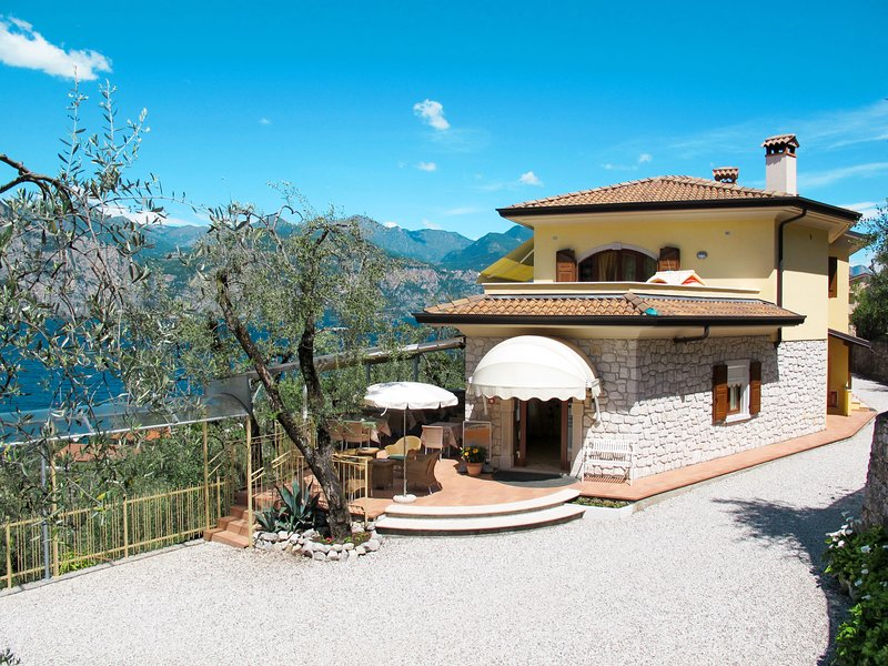 Casa Maria (BRZ182), holiday rental in Assenza