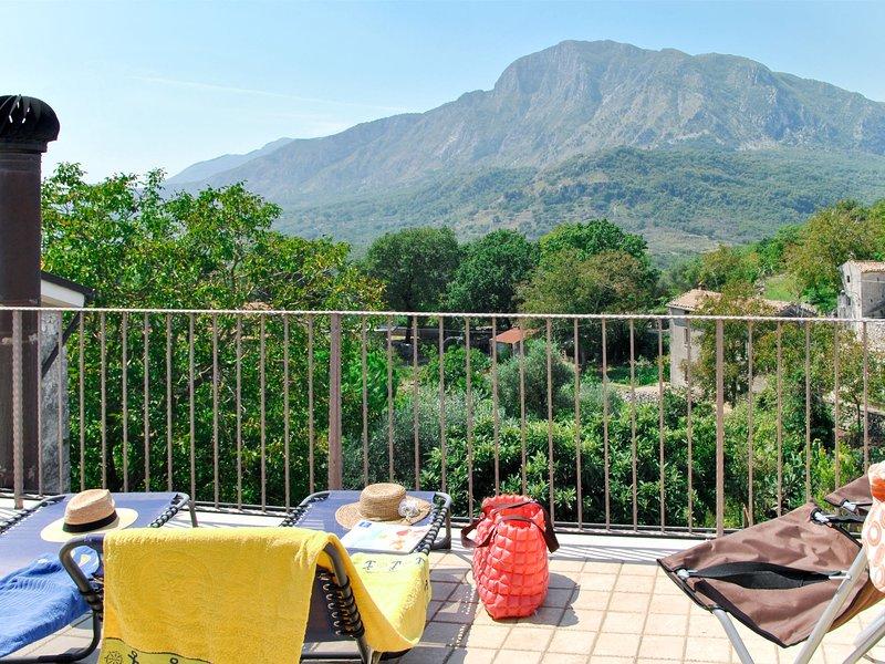 Milleunapietra (CNP101), holiday rental in Castelnuovo Parano