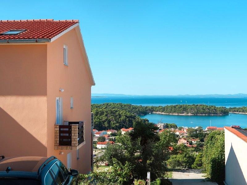 Andrija (RAB312), holiday rental in Mundanije