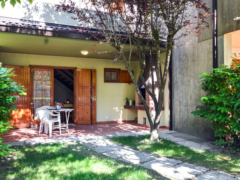 Dora & Le Pinetine (BIB675), vacation rental in Bibione